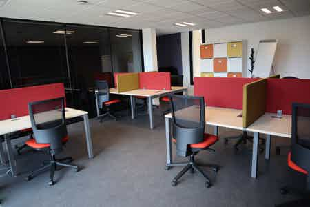 Espace Coworking - 12 postes