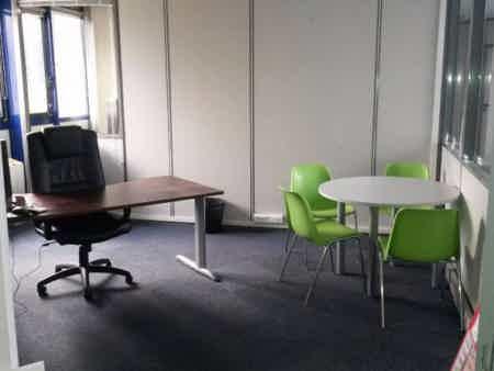 Bureau fermé 18 m2-1