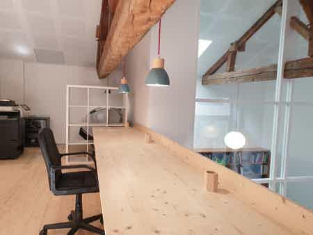 espace à occuper dans bureau-8