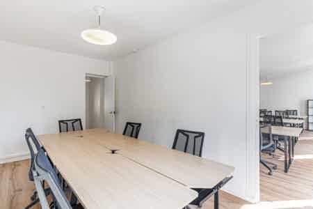 Superbe bureaux avec balcon - Sentier-5