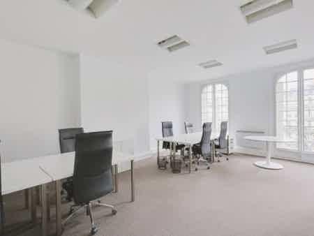 Bureau standing et convivial - St Lazare-1