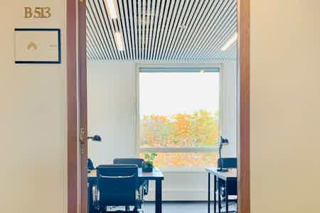 Bureau privatif - 18m² - 4 à 7 postes -Vue