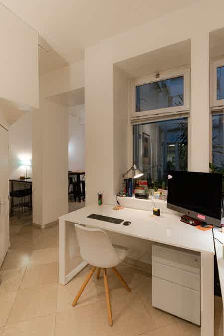 Bel espace de 50 m² en plein Beaubourg-1