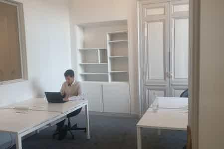 Bordeaux hypercentre - 4 postes de travail