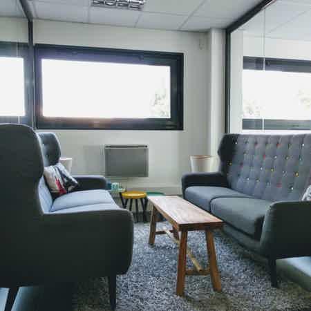 Bureau privé 5p. dans espace de coworking-5