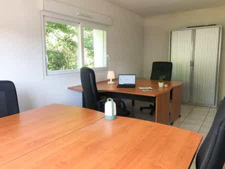 Bureaux privé de 17,5 m²-1