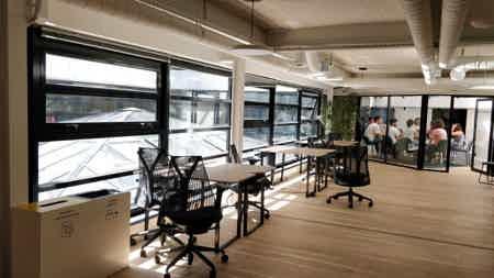 Magnifique espace avec terrasse-2