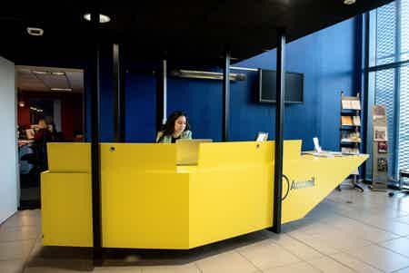 Espace de coworking aux bureaux du sillon-1