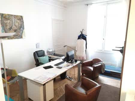 Bureaux 100m²-salle de réunion-salle d'eau-1