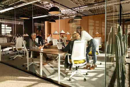 Bureaux de 1 place en espace de coworking