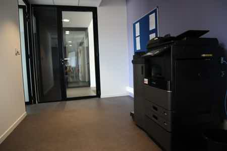 Espace Coworking - 12 postes-1