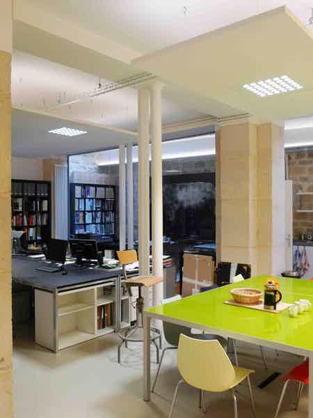 1 poste libre dans open space de 150 m²-1