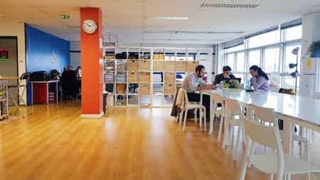Bureau 10m² métro mairie de montreuil