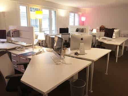 Bureaux 10 postes et salle de réunion-2