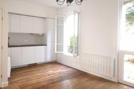 45 m2 / 3 pièces à St Cloud Montretout