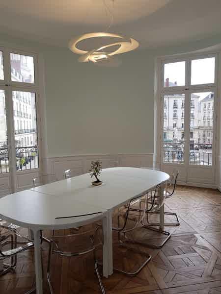 Bureau privé+espace partagé Centre Nantes-3