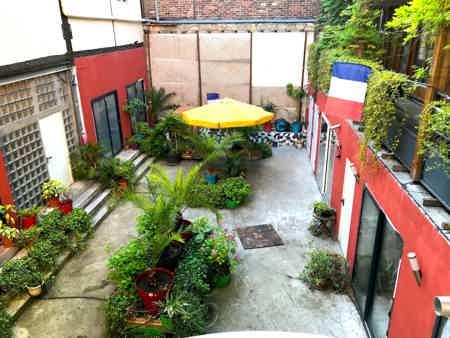 Location bureaux et d'ateliers à St-Ouen.-2