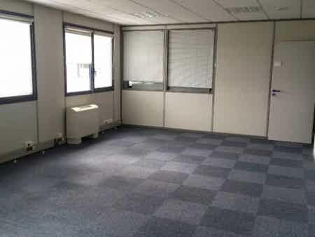 Bureau de 71 m2 à Basso Cambo-2