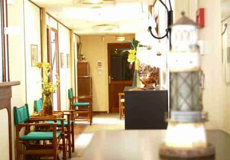 Bureaux disponibles dans Centre d'Affaires-3