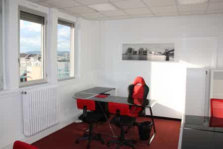 Bureau fermé à 300m de Lyon Part-Dieu-3