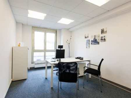 Bureau 1 poste de travail GARE SNCF