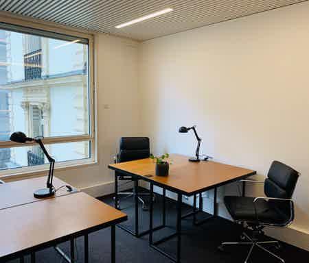 Bureau privatif - 14,5m² - 4 à 5 postes