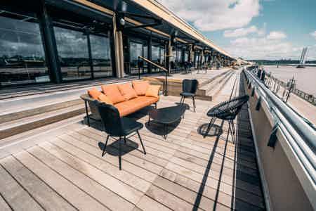 Bureaux 4 places avec vue sur la Garonne-13