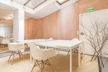 8 postes en coworking design & chaleureux-17