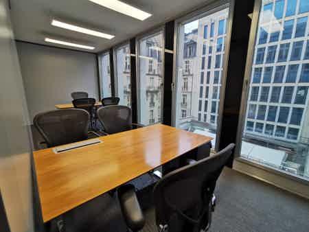 Bureaux 18m² - 5ème étage-1