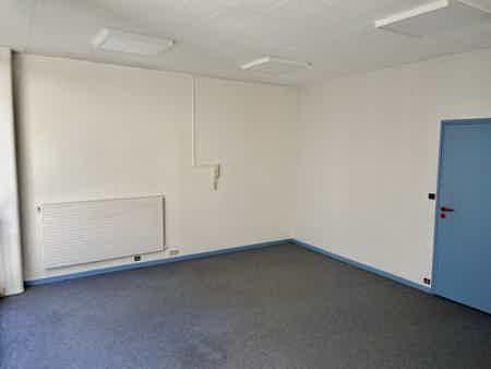 Bureau 3 personne proche gares-1