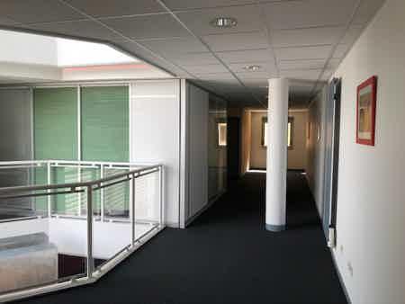 Bureau indépendant de 22 m2-1