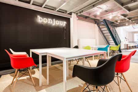 8 postes en coworking design & chaleureux-16
