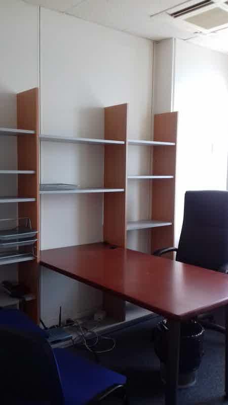 Bureaux equipes et meubles-8