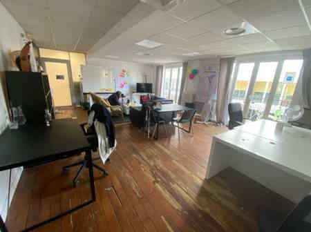Espace indépendant 160 m² de bureaux-1