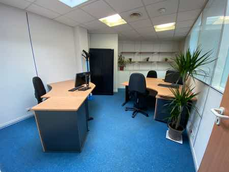 Bureaux Saint Cloud flexibles économiques-3
