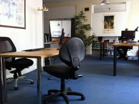 1 bureau dans espace de 40m2 en co-working-1