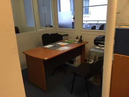 2 bureaux en sous location : 260 & 350€, à bourse