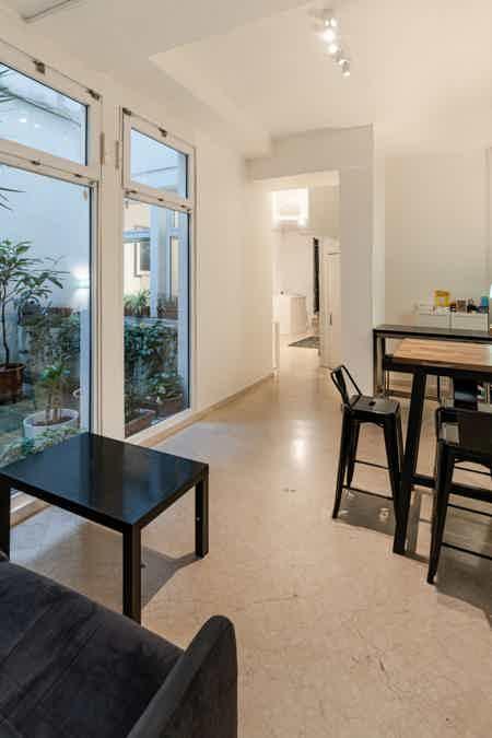 Bel espace de 50 m² en plein Beaubourg-12