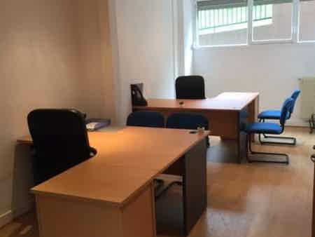 Location de bureau pour 5 personnes-1