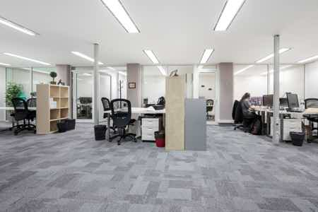 PROMO  : Bureaux en open space / ST-Lazare-2