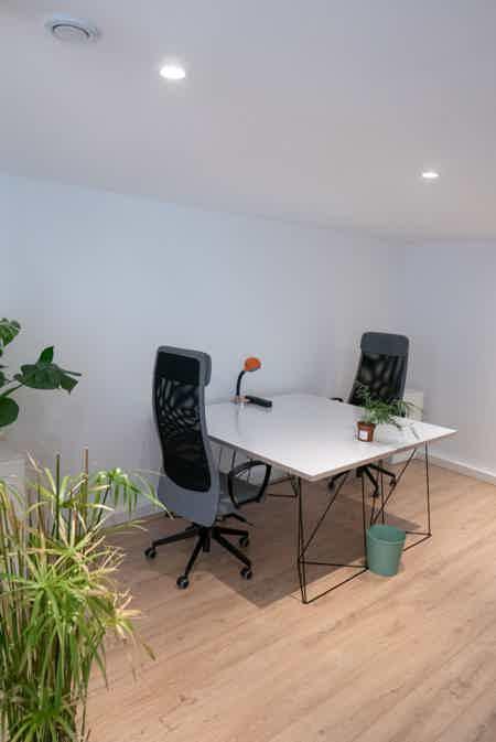 Bureaux calmes & lumineux + salle de réu-5