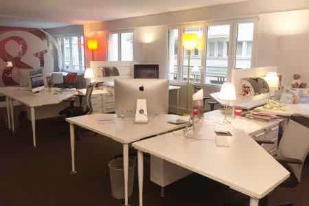 Bureaux 10 postes et salle de réunion