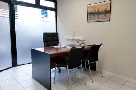 Bureau Fermé 10m² à Asnières