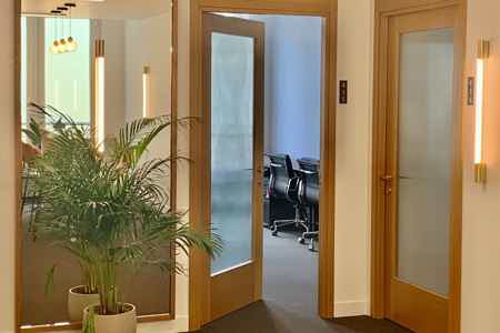 Bureau privatif - 12.8m² - 3 à 5 postes