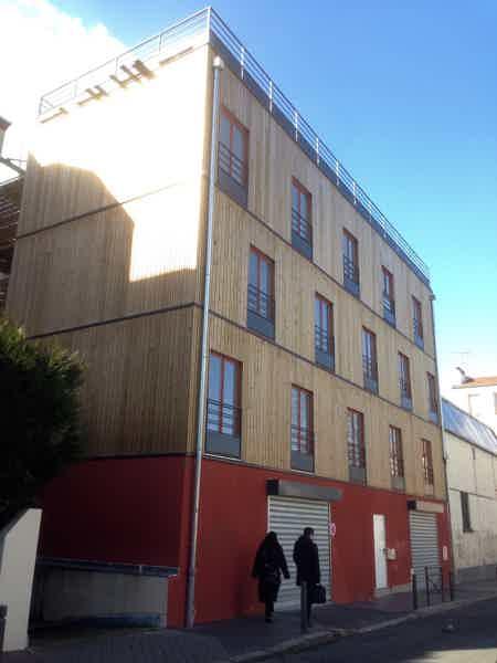 Local sur Rue 65m2 à 1875€/HT-2