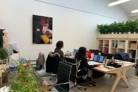 Coworking en open space zen et lumineux