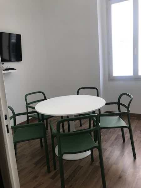 Espace indépendant de 100 m2-2