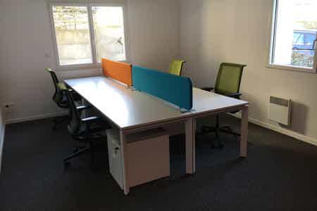 Bureau semi-privé 4 postes de travail