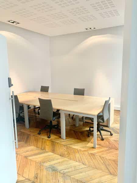 Bureau fermé dans coworking Saint Lazare