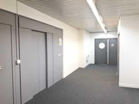 Bureaux 200m² à Noisy-le-Grand 15 postes-3